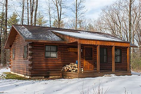 Unique cabins and lodges for winter stays in Pennsylvania