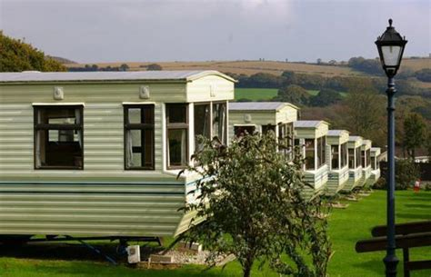 Meadow Lakes - Dog Friendly Campsite in St Austell, Cornwall