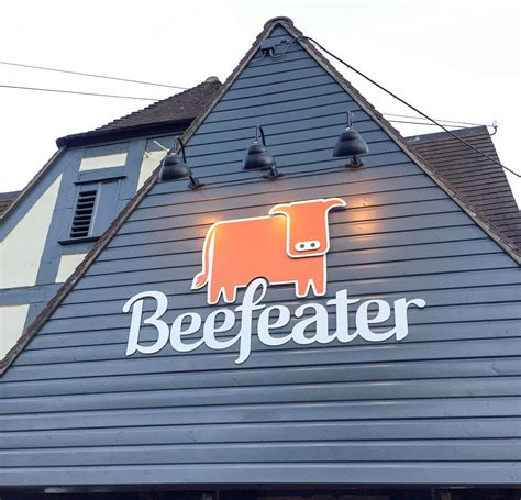 Eating as a Vegetarian in a Beefeater Restaurant (Malta