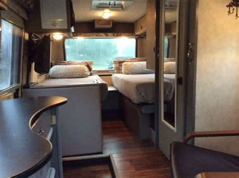 Used RVs Like New, VW Rialta 1999 For Sale by Owner