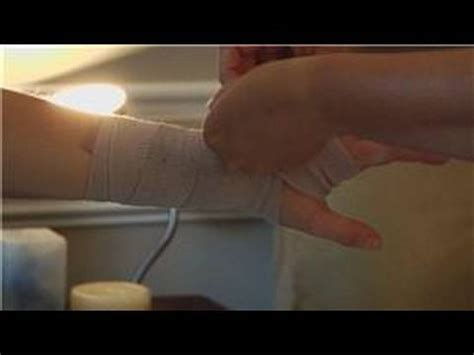 Wrapping & Taping Injuries : How to Wrap a Hand With an